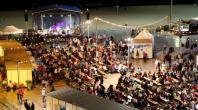 Festas do Pescador despedem-se com a atuação de Bonga