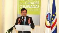 UMA AMIZADE DE 20 ANOS  COM PROVAS DE EMPENHO NO DESENVOLVIMENTO
